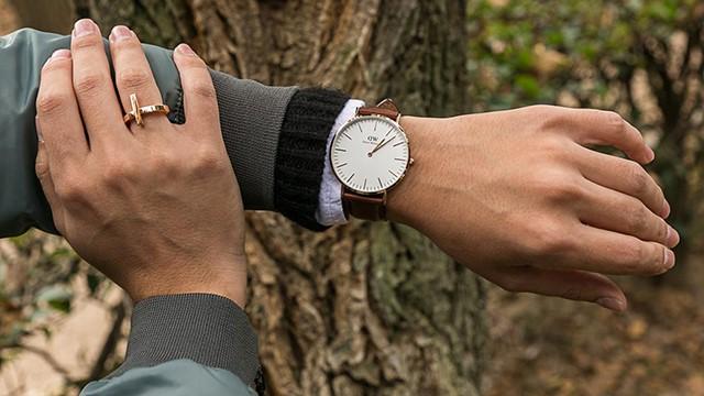 lựa chọn vị trí đeo đồng hồ