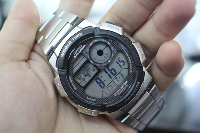 Đồng hồ Casio AE-1000WD-1AVDF