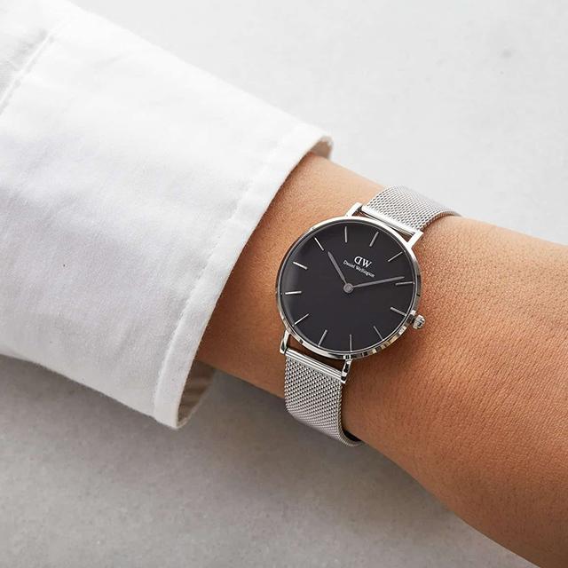 cách đeo đồng hồ
