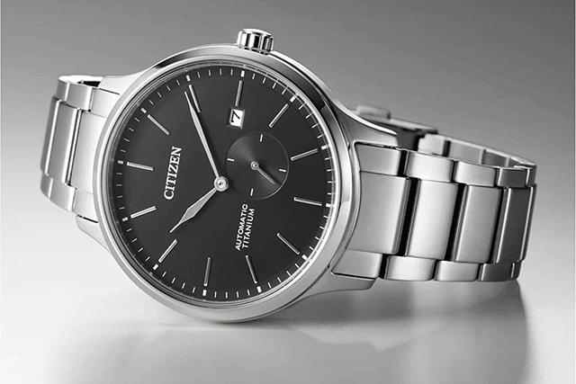 cách nhận biết đồng hồ Citizen 1