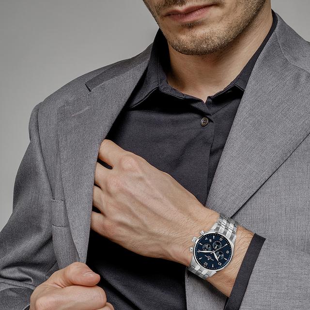chọn đồng hồ đeo tay nam theo hình thể