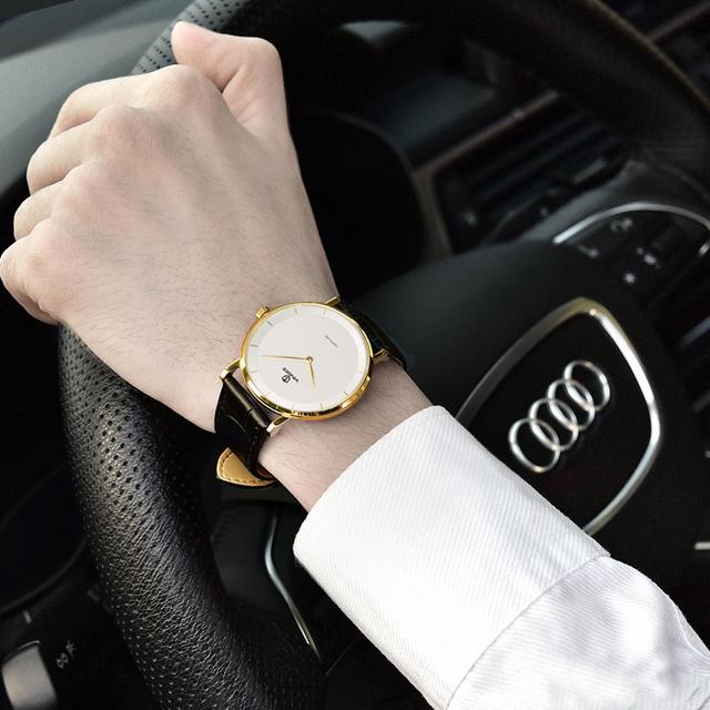 chọn mua đồng hồ nam theo màu sắc da