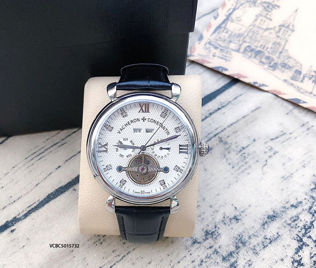 Giá đồng hồ Vacheron Constantin