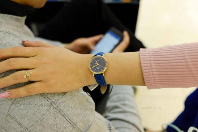 Là phụ nữ nên đeo đồng hồ tay nào?