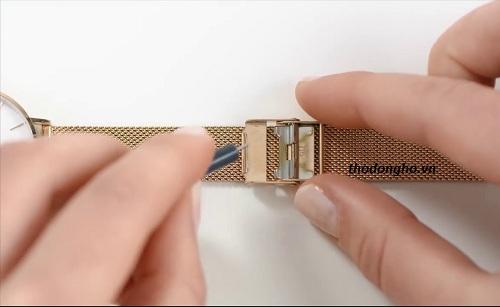cách cắt dây đồng hồ dây lưới
